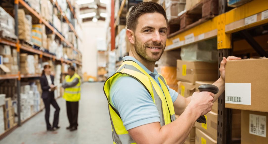 ¿En qué consiste la logística inversa en el comercio online?